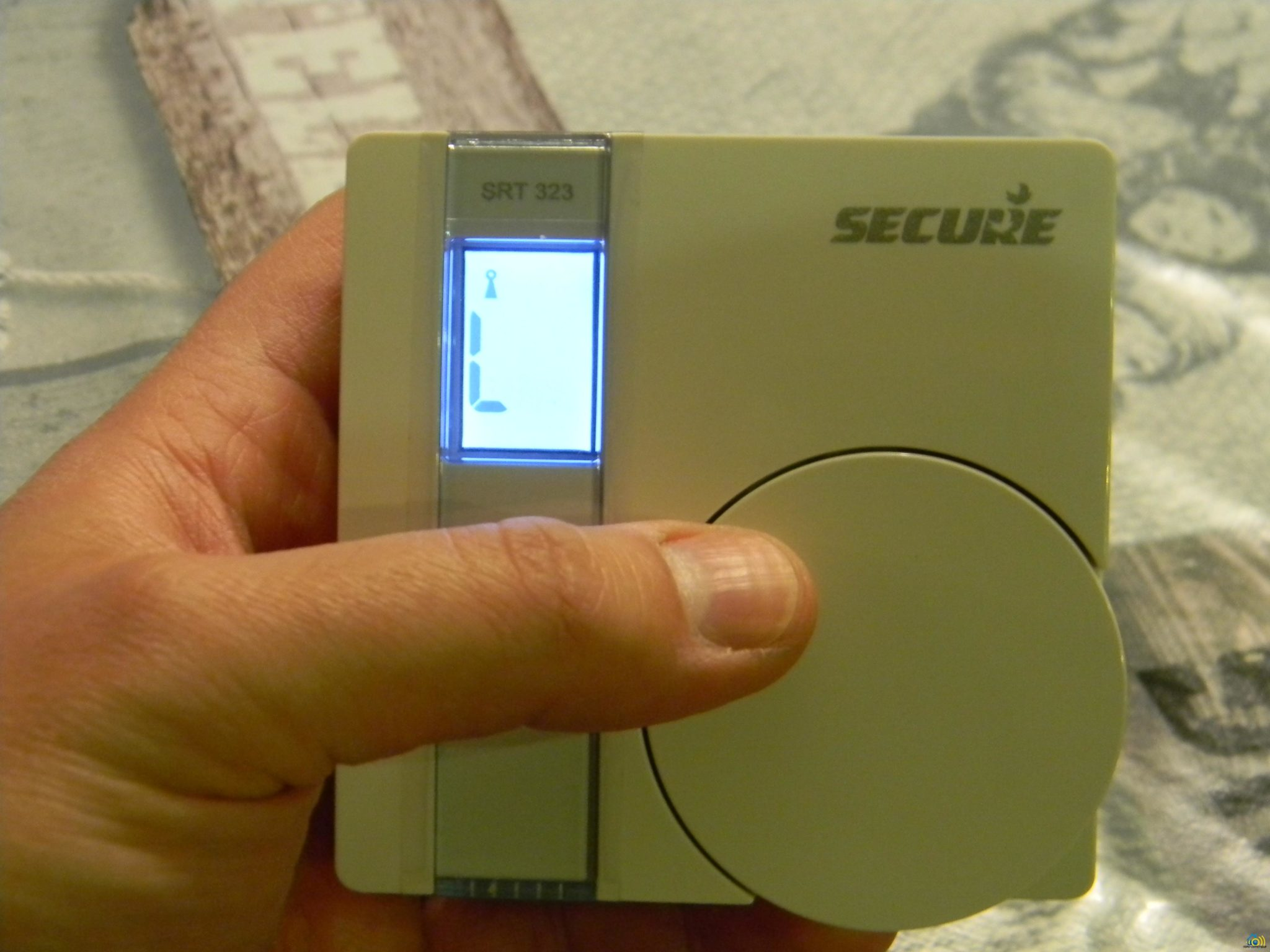 9 Test du Thermostat SRT323 sur Vera Edge