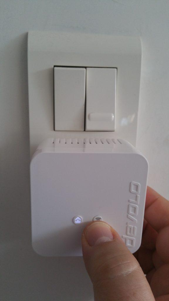 DEVOLO_dLAN_550_wifi_Activation_Manuelle-576x1024 dLAN 550 Wifi Starter Kit CPL