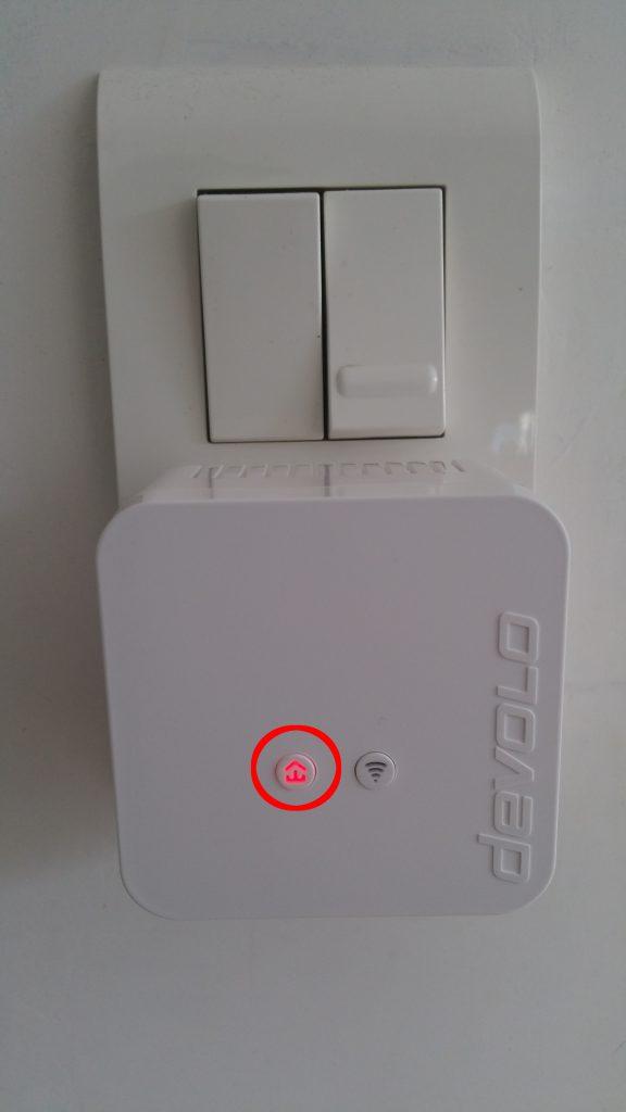 DEVOLO_dLAN_550_wifi_LED_Rouge-576x1024 dLAN 550 Wifi Starter Kit CPL