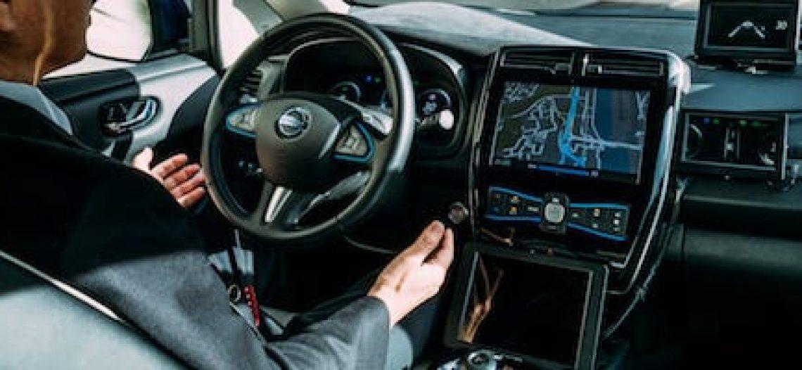 Notre Veille : J'ai testé pour vous : La voiture autonome en pleine ville.