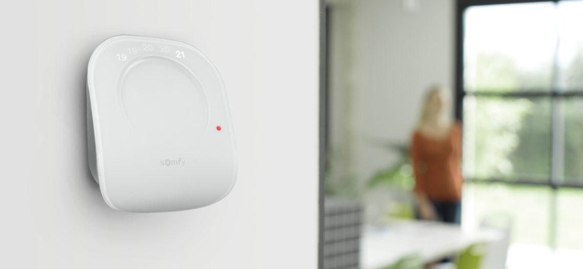 """Somfy présente sont nouveau thermostat connecté<span class=""""wtr-time-wrap block after-title""""><span class=""""wtr-time-number"""">4</span> min de lecture pour cet article.</span>"""
