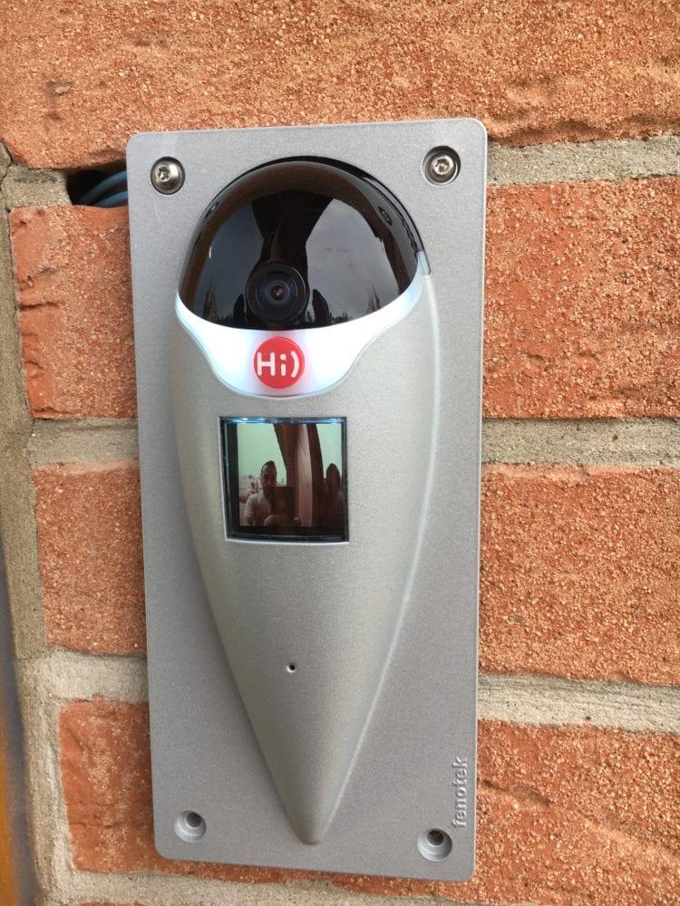 Fenotek-Hi-8121-750x1000 Présentation et test de Hi), l'interphone vidéo connecté!