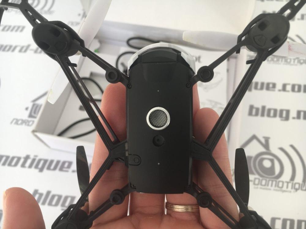 Parrot-Mambo_0695-e1507479166783-1000x750 Test du Drone Mambo de chez Parrot, le drone idéal pour débuter !