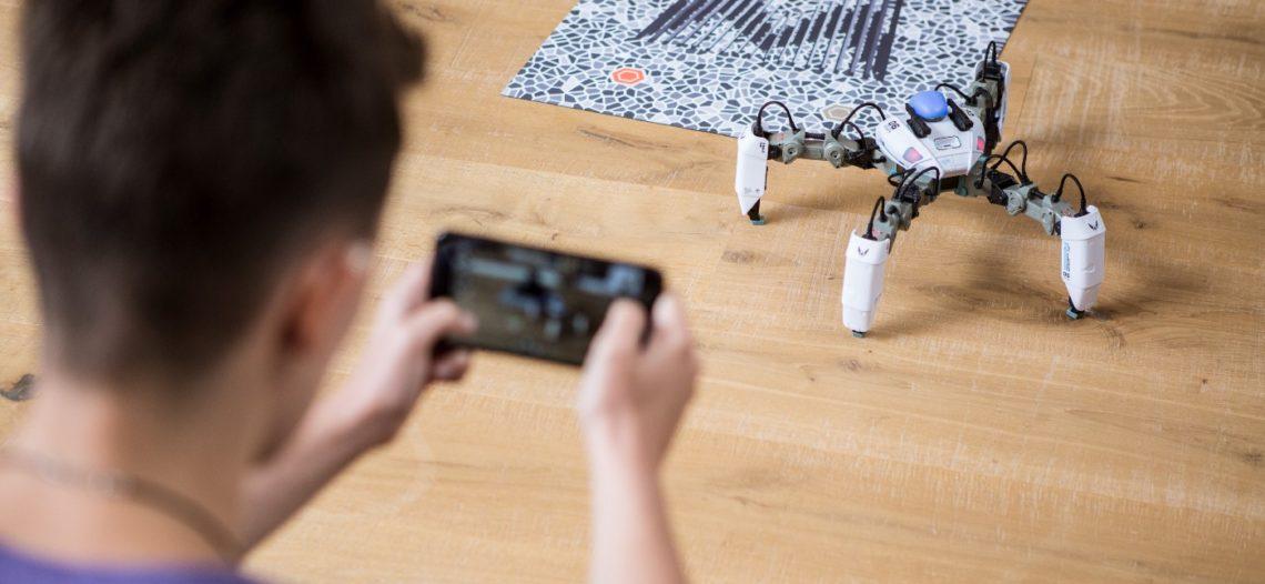 Notre Veille : MekaMon, le robot en réalité augmentée contrôlable via votre smartphone – Tech