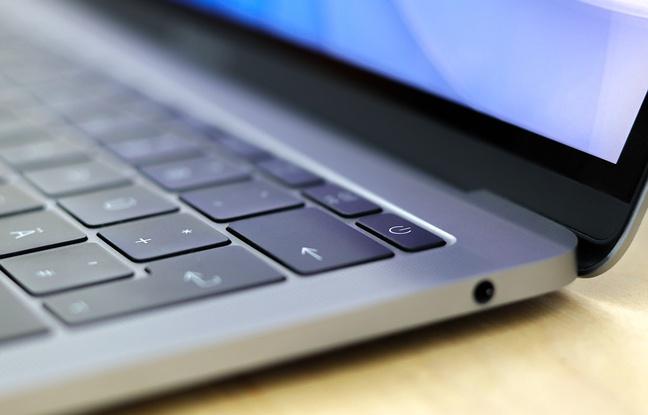 notre-veille-la-marque-a-la-pomme-depose-un-brevet-pour-un-clavier-anti-miettes Notre Veille : La marque à la pomme dépose un brevet pour un clavier anti-miettes