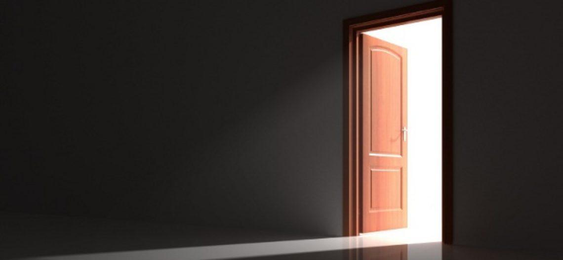 """Notre Veille : La porte magique domotisée – Une merveille<span class=""""wtr-time-wrap after-title""""><span class=""""wtr-time-number"""">1</span> min de lecture pour cet article.</span>"""