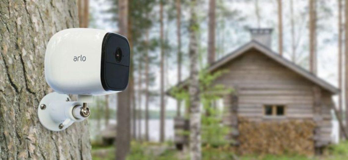 """Notre Veille : Test de la Arlo Go, la caméra 4G de Netgear<span class=""""wtr-time-wrap block after-title""""><span class=""""wtr-time-number"""">1</span> min de lecture pour cet article.</span>"""