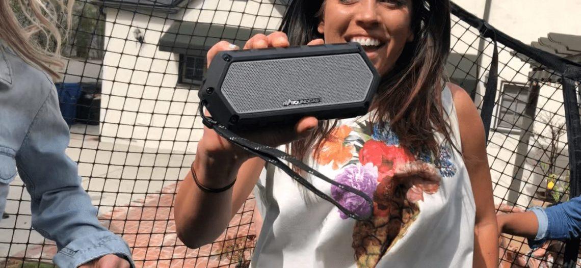 """Les enceintes Bluetooth outdoor Soundcast s'invitent  dans votre quotidien estival !<span class=""""wtr-time-wrap block after-title""""><span class=""""wtr-time-number"""">5</span> min de lecture pour cet article.</span>"""