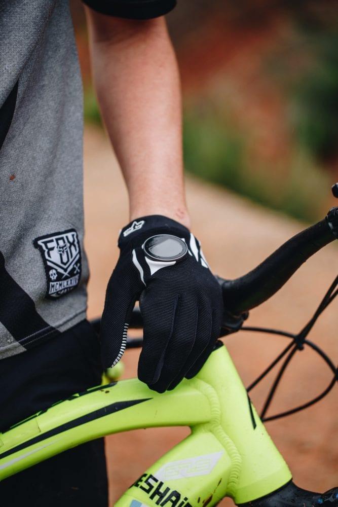 img-4774-667x1000 Les « Guidewatches » de onTracks, les montres GPS intuitives  pour tous les sportifs d'extérieur !