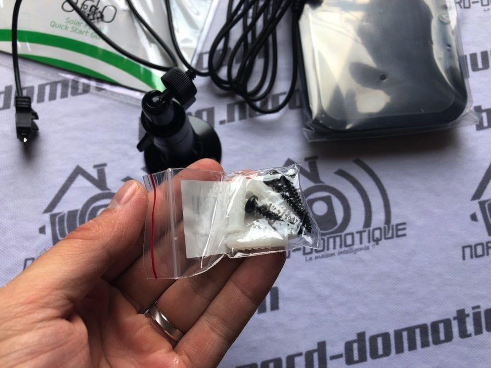panneau-solaire-arlo-0212-1000x750 [Test] Panneau solaire pour caméra Arlo Pro, Arlo Pro2 et Sécurity Light