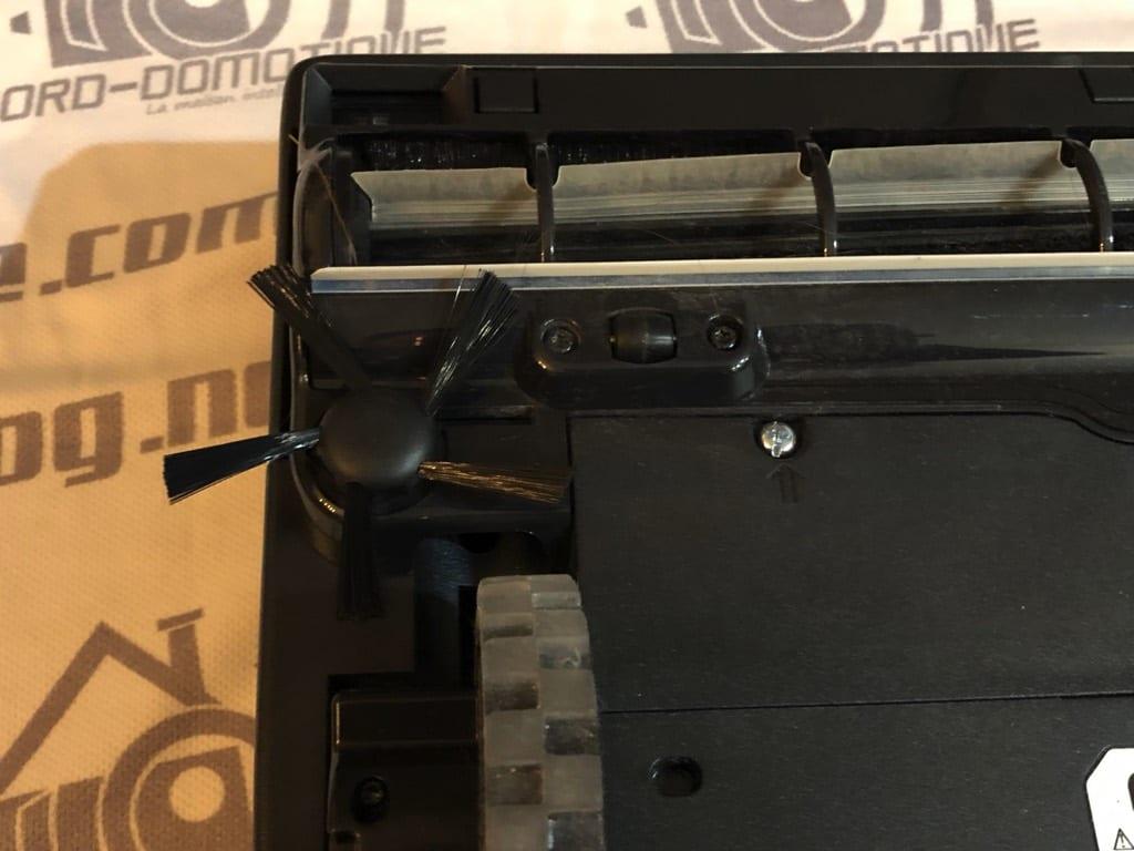 neato-d6-1199 Présentation et test du Robot aspirateur D6 de chez Neato Botvac
