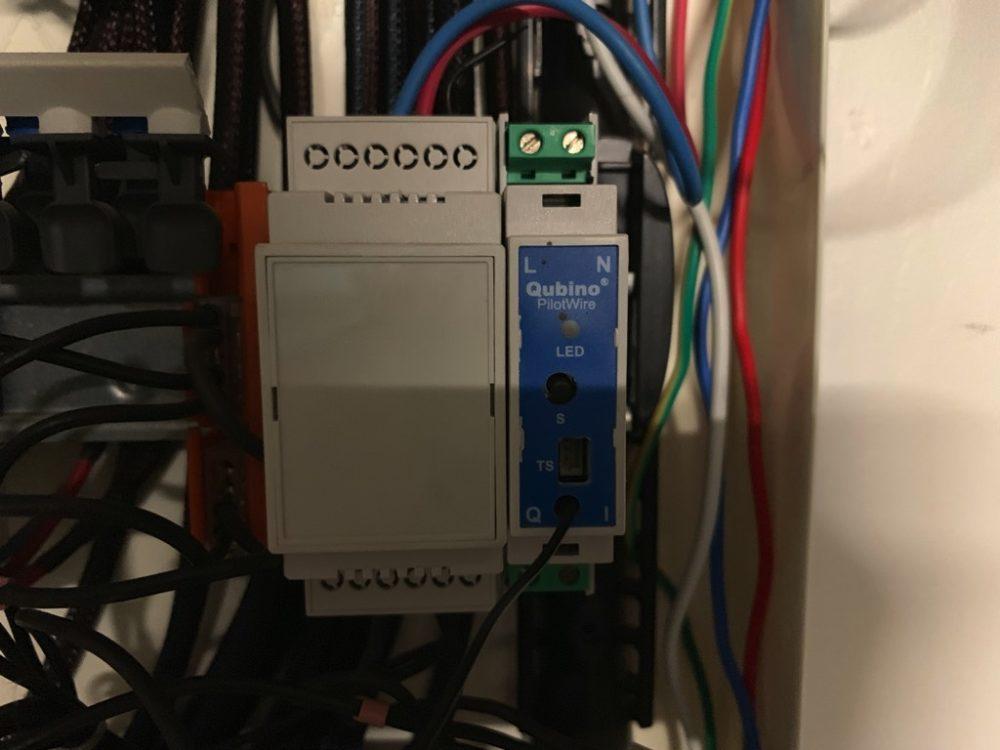 qubino-zmnhud1-0763-1000x750 Guide d'installation du module Qubino ZMNHUD1 avec un chauffage de salle de bain
