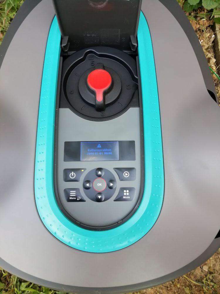 01-750x1000 Gardena – 1ère tonte avec le robot tondeuse Sileno City 500