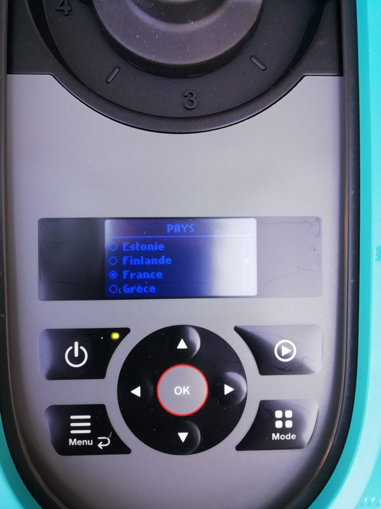 03-750x1000 Gardena – 1ère tonte avec le robot tondeuse Sileno City 500